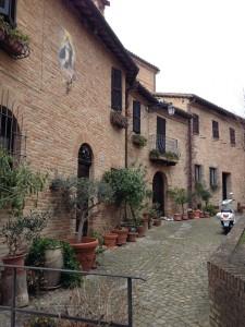 Sarnano, Marken, Italië, Blaauw Tekst